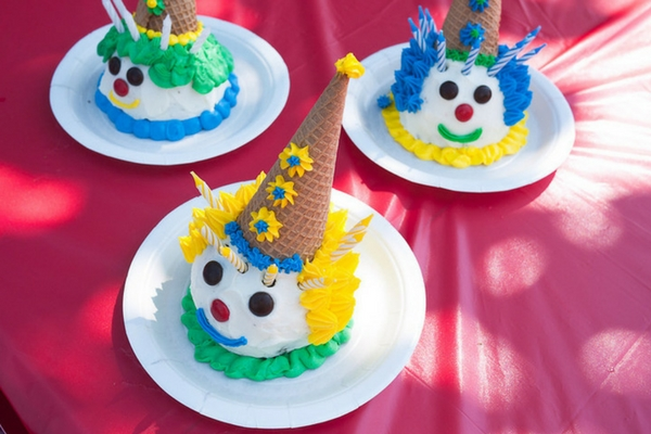 Diy Carnival Birthday Party Decorations  from everydaychaosandcalm.com