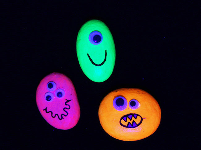 Glow in the Dark Monster Rocks
