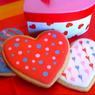 heart sugar cookie with icing (1)