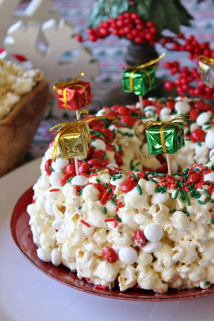 Holiday Marshmallow Popcorn Cake