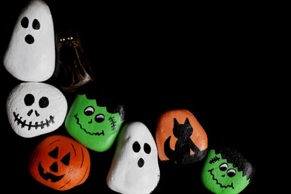 rocks painted for halloween